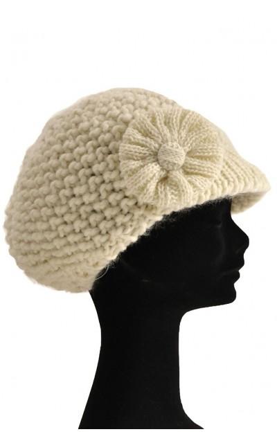 Cappello con mini visiera