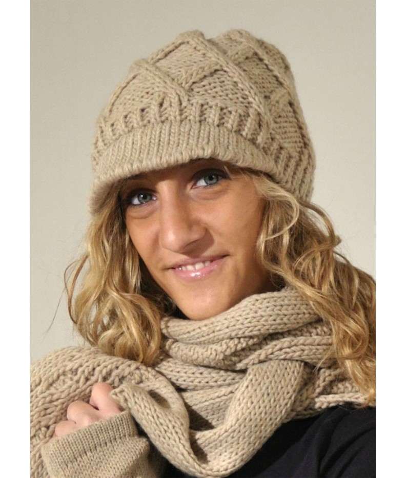 Kit hat, scarf and warmers