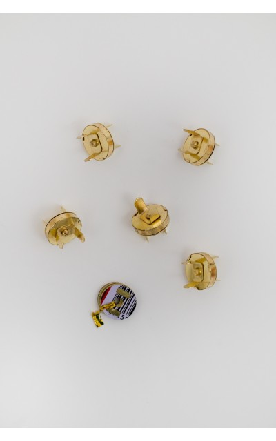 Magnetic claps gold 17mm