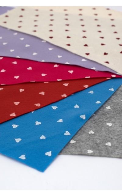 Tuch filz stoff herzen gedruckt 45x50cm